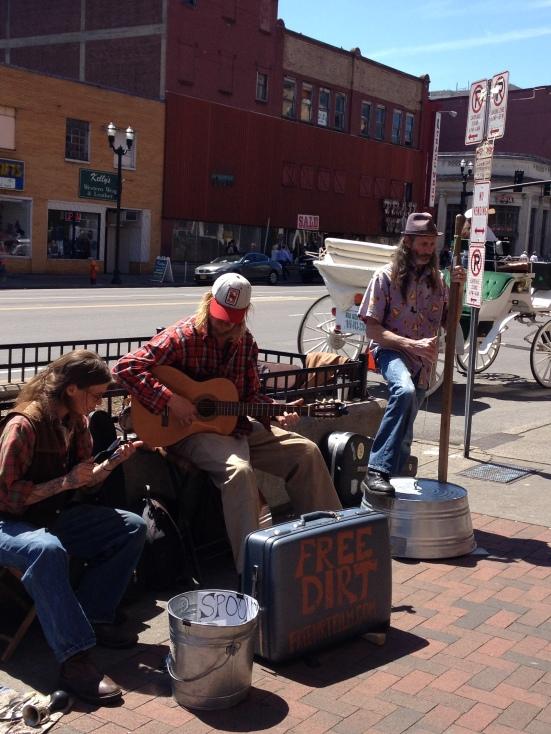 Music lives in Nashville!